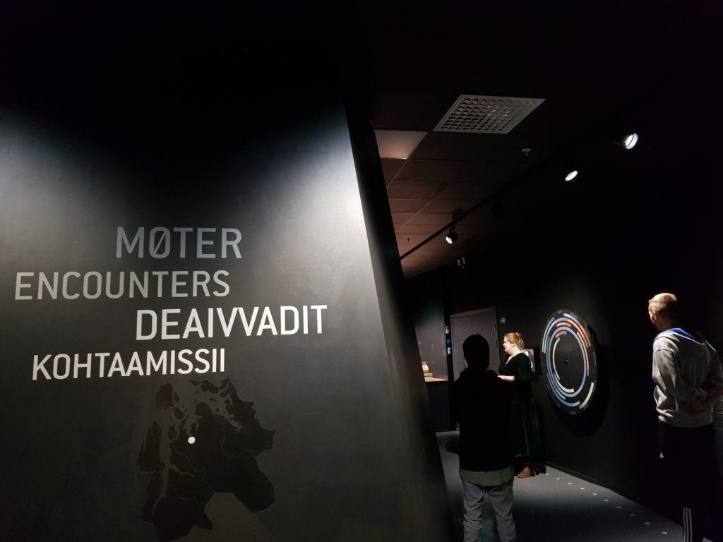 Fotografi av utstillingsrom på Halti